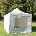 Easy up tent 3x4,5 meter voorkant schuin huren - Partytentverhuur Hoofddorp